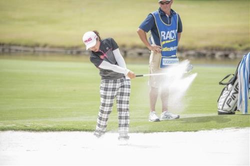 Fairway-bunker-David-Burness-Womens-Golf